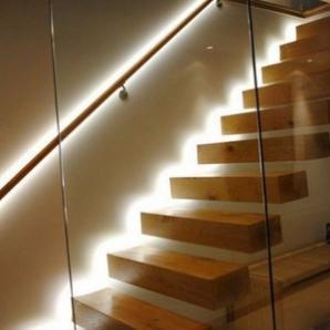 Світильники для підсвічування сходів світлодіодні