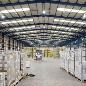 Освещение склада светодиодными светильниками