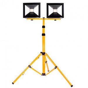 Світлодіодні прожектори на штативі – переваги використання