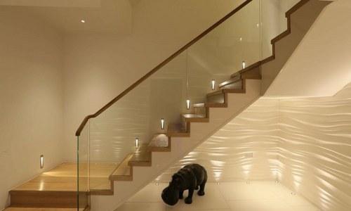 LED підсвічування сходів